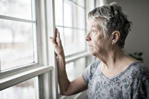 How to Cope With the Loss of a Loved One While Social Distancing During COVID-19